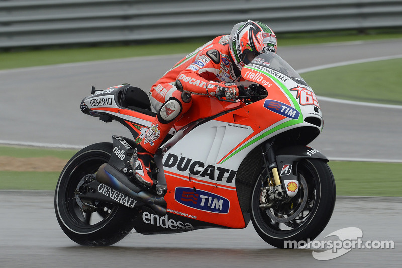 Rain affects Ducati riders in free practice at Aragon GP