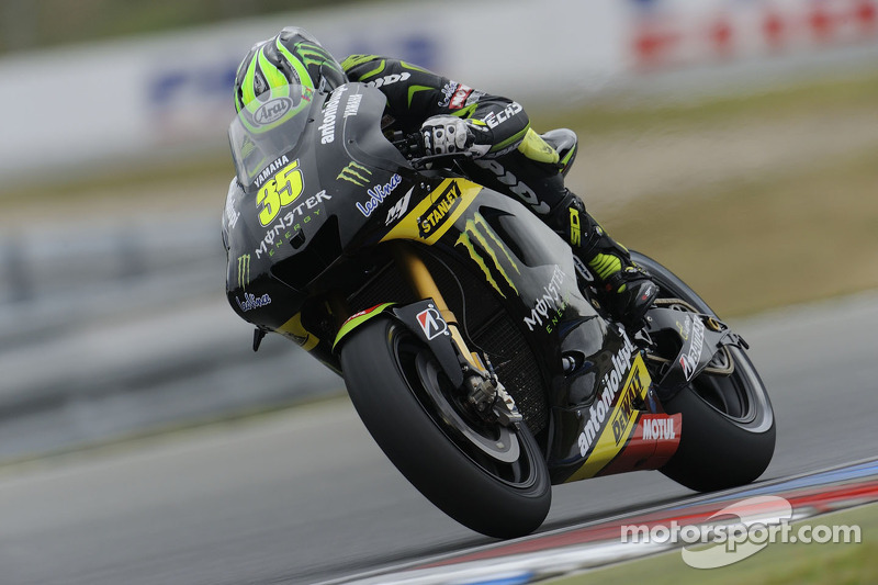 Tech 3 Yamaha riders Crutchlow and Dovizioso make promising start at Phillip Island