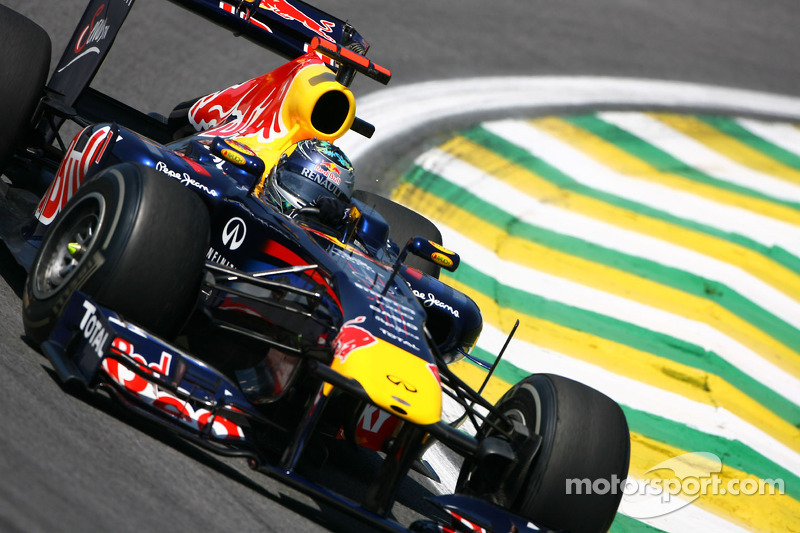 Vettel must hope for dry weather in Brazil - Webber
