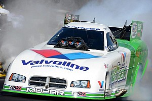 NHRA Special feature Top moments of 2012, #16: Beckman is a fighter on and off the dragstrip