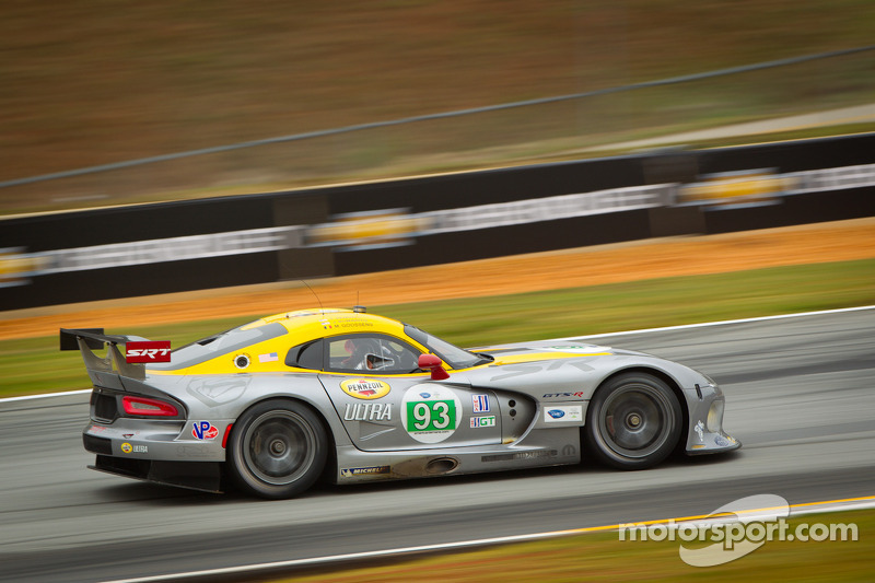 SRT Motorsports Viper team accepts Le Mans invitation