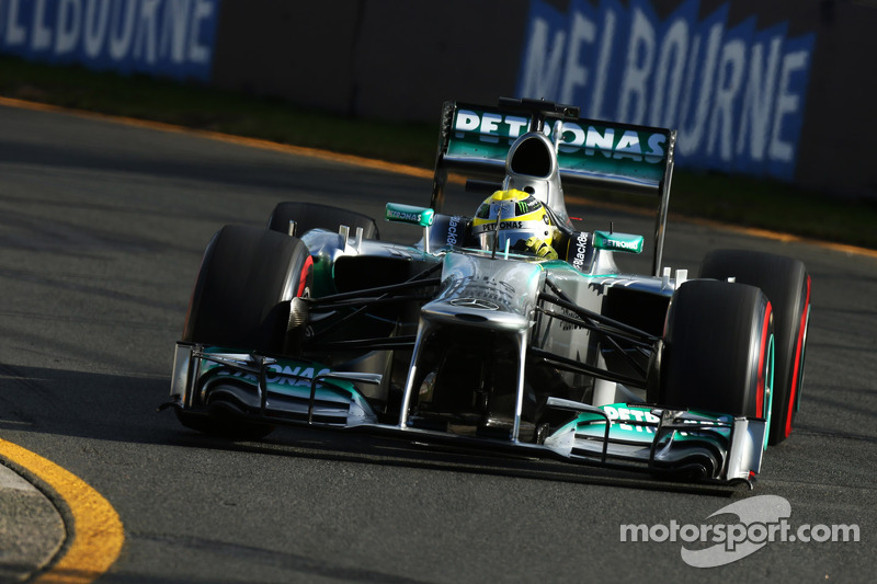 Even losing laps Mercedes made the third fastest time on Friday practice in Australia