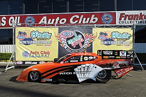 NHRA Race report Gray drives his Dodge Funny Car to Gatornationals win