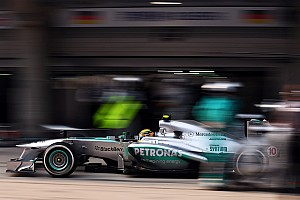 Formula 1 Preview Hamilton and Rosberg eager to start the race at Bahrain