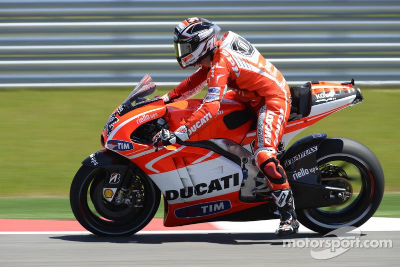 Ducati Team back in action in Jerez on Friday practice