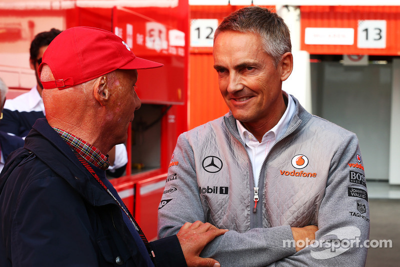 Whitmarsh says McLaren not moving to oust him