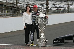 IndyCar Special feature Kanaan enjoying his celebrity status