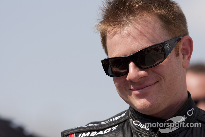 Jason Leffler dies in sprint car crash