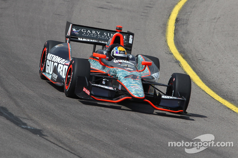 Servia advances to final qualifying heat race, will start tenth at Iowa Speedway