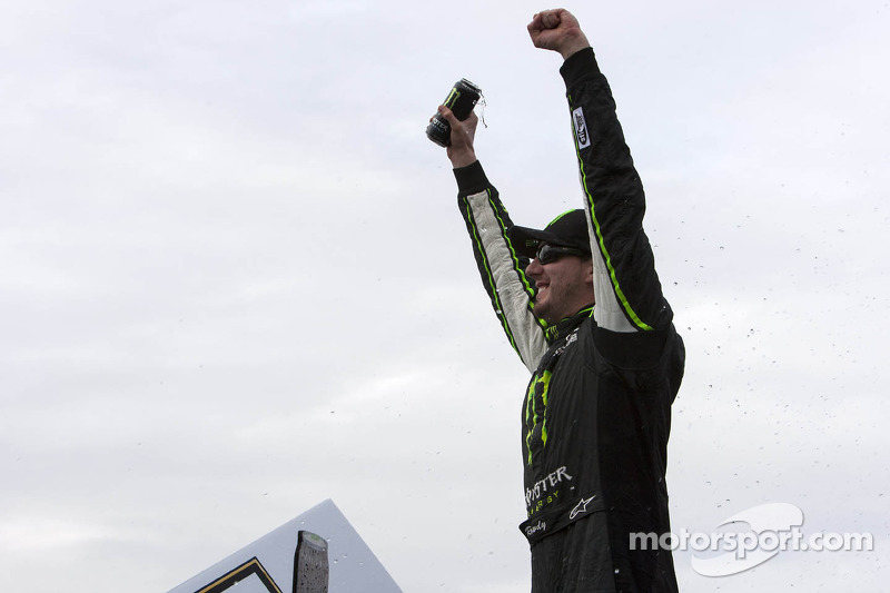 Kyle Busch keeps enough fuel in the tank for win in Loudon
