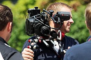 Formula 1 Breaking news No helmet rule for Formula One pitlane media - FOM