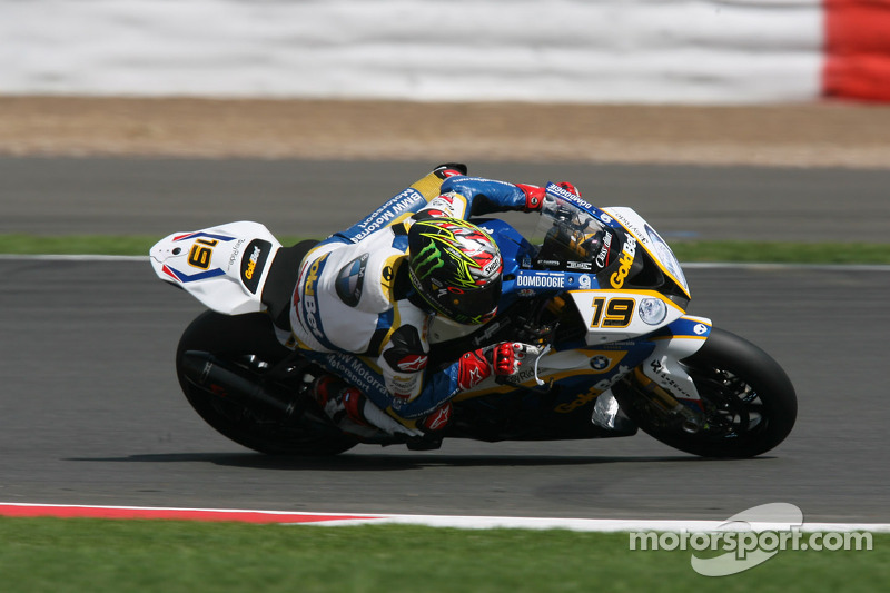 BMW Motorrad GoldBet had difficult qualifying day at Silverstone