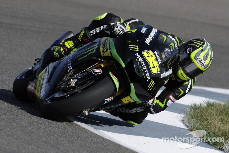 Lorenzo takes 3rd in Indianapolis thriller