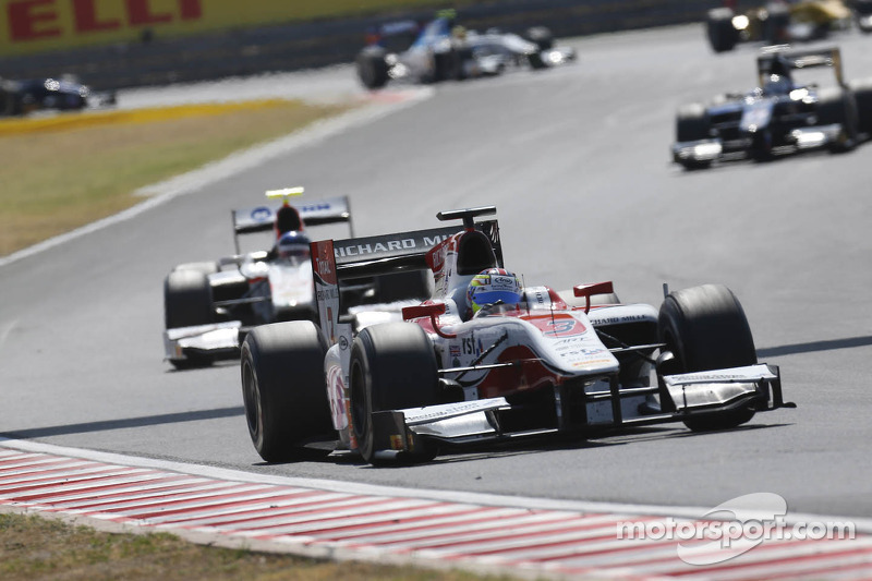 Calado hangs on for sprint win at Spa