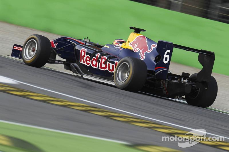 Kvyat flies to maiden pole in Monza