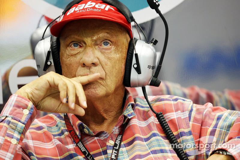 Lauda defends Vettel's 'balls in pool' comment