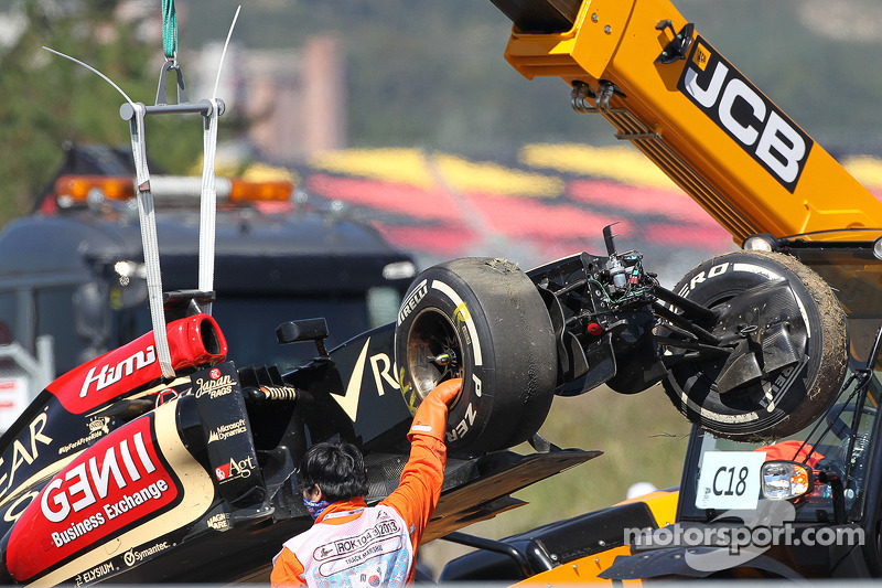Raikkonen denies crash due to fading motivation