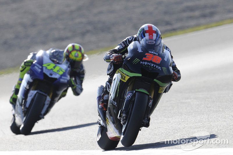 Smith seventh, Crutchlow falls in final round at Valencia