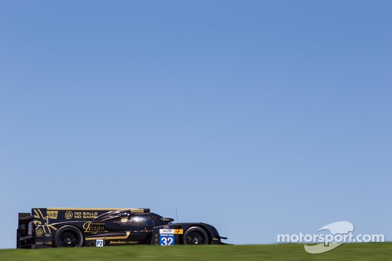 Lucas Auer will race with Lotus Praga LMP2 at the 6 Hours of Bahrain