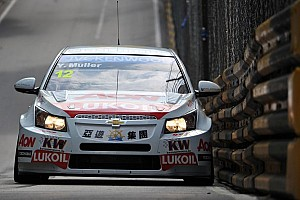WTCC Qualifying report Muller claims first pole in Macau