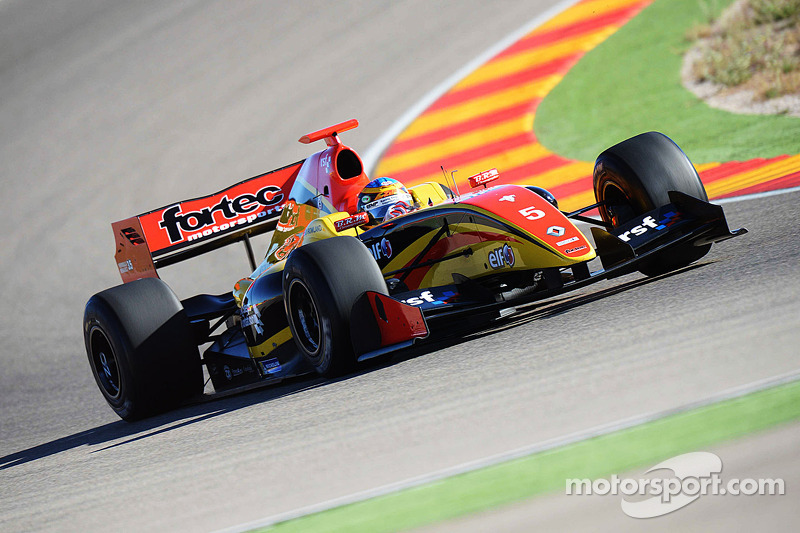 Rowland wins RSF backing for 2014 Formula Renault 3.5 campaign