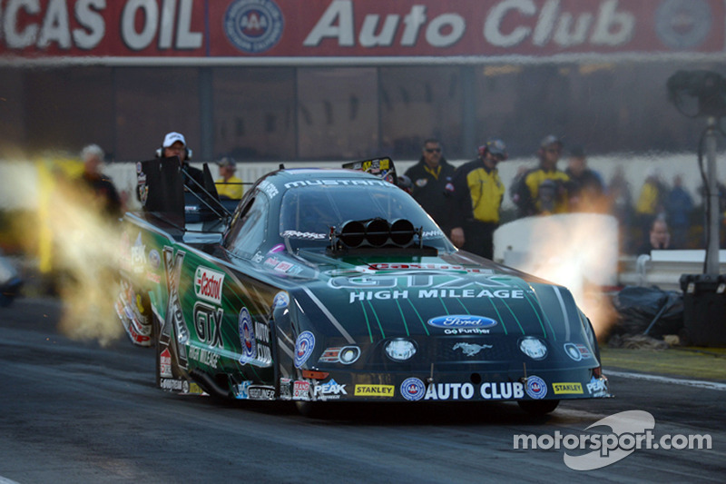 Force, Kalitta and McGaha fastest on opening day at Wild Horse Pass Motorsports Park