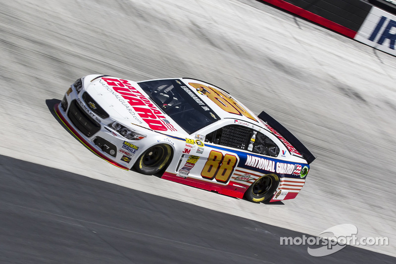 """Earnhardt believes """"win-and-your-in"""" mentality is the recipe for an exciting finish on Sunday"""