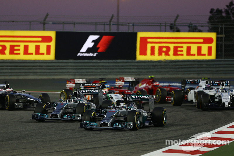 Pirelli: Mixed tyre strategies and safety car central to lead battles at Bahrain
