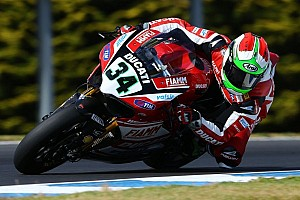 World Superbike Practice report Giugliano blitzes the field on opening day