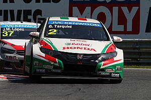 WTCC Qualifying report Honda Civic takes front row grid position for Race 1 in Russia