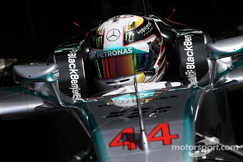 Mercedes 'already negotiating' with Hamilton