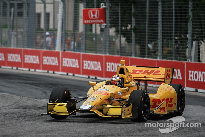 Ryan Hunter-Reay hits road block in IndyCar points climb