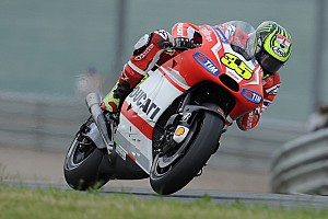 MotoGP Breaking news Crutchlow makes switch to CWM-LCR Honda for 2015