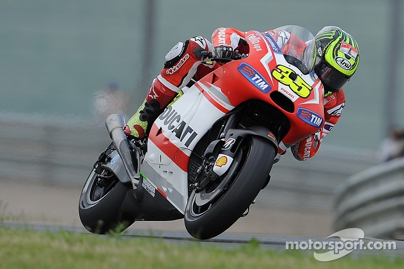 Crutchlow makes switch to CWM-LCR Honda for 2015