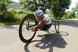 General Interview BMW works driver Alessandro Zanardi takes up the triathlon challenge in Hawaii