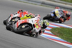 MotoGP Qualifying report Iannone and Hernandez are positive for tomorrow's race