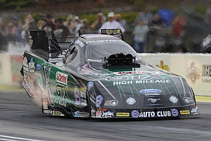 NHRA Qualifying report In 4.061 seconds, John Force earns $100,000