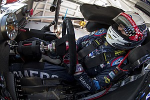 NASCAR Cup Race report Clutch performance propels Kahne into Chase Contender round