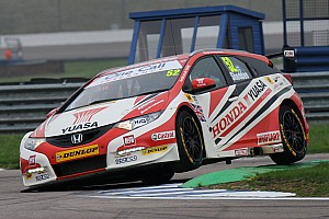 BTCC Race report Honda remains in hunt for manufacturers' crown