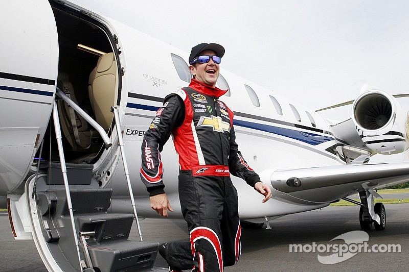 IndyCar notes: Tony Stewart backs another 'double' for Kurt Busch