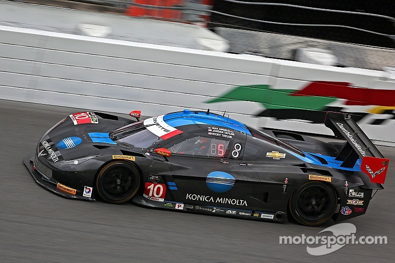 Wayne Taylor Racing fighting electrical issues early at Daytona
