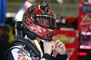NASCAR Cup Race report Kevin Harvick settles for second