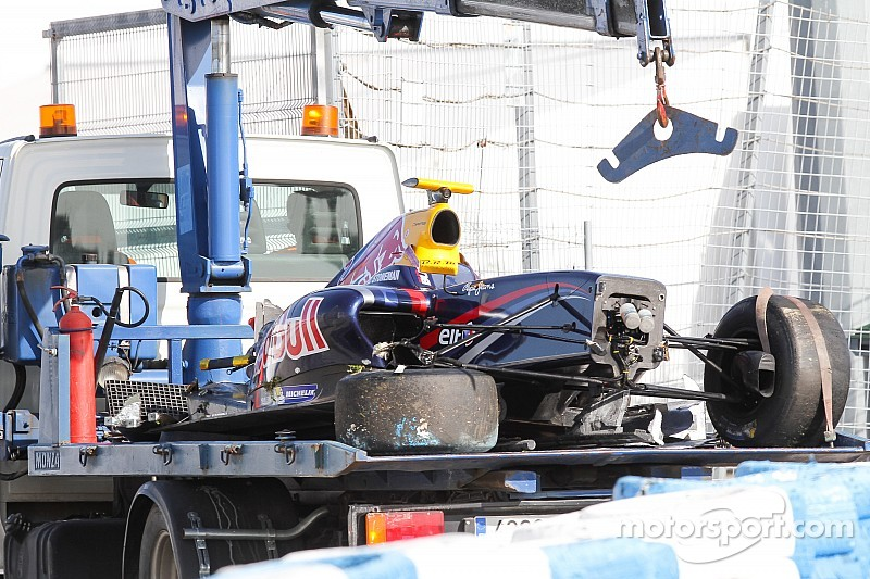 Stoneman uninjured in Jerez test crash