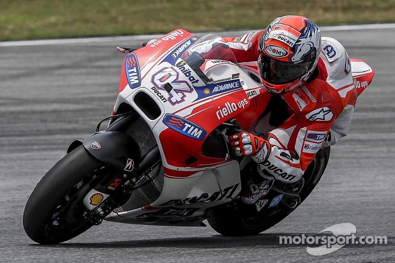 Dovizioso edges out Marquez on second day of MotoGP testing in Qatar