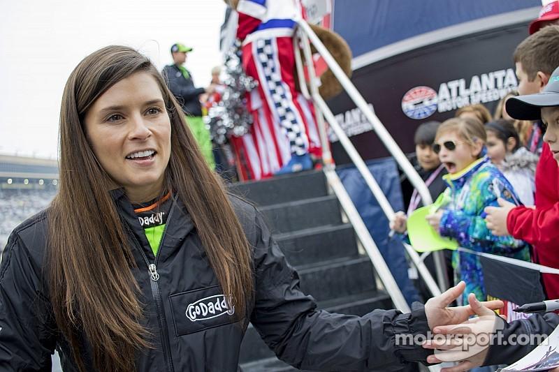 Danica Patrick: priorité à la NASCAR