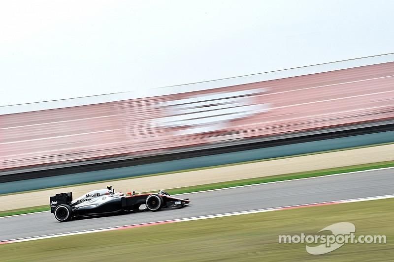В McLaren сдержанно оценивают итоги пятницы