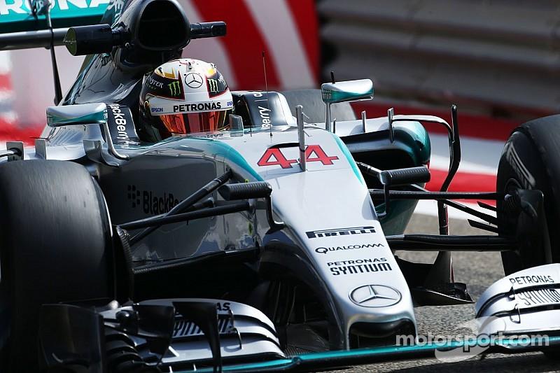 Lauda asegura que Hamilton seguirá en Mercedes