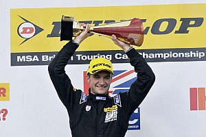 BTCC Race report Turkington dominates eventful second Donington race