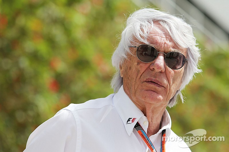 """Ecclestone - """"La F1 podría continuar con dos motores diferentes"""""""