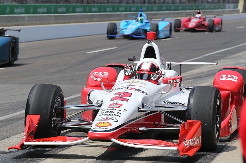 Juan Pablo Montoya se montre d'entrée à Indianapolis